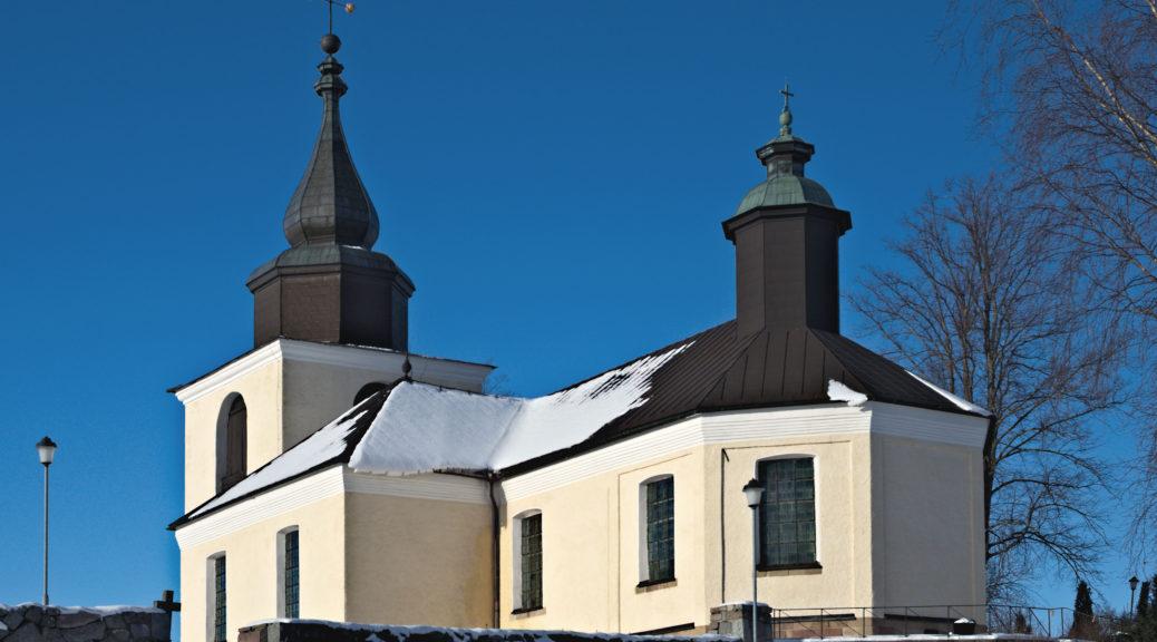 Ostra_Ryds_kyrka_från_SSO